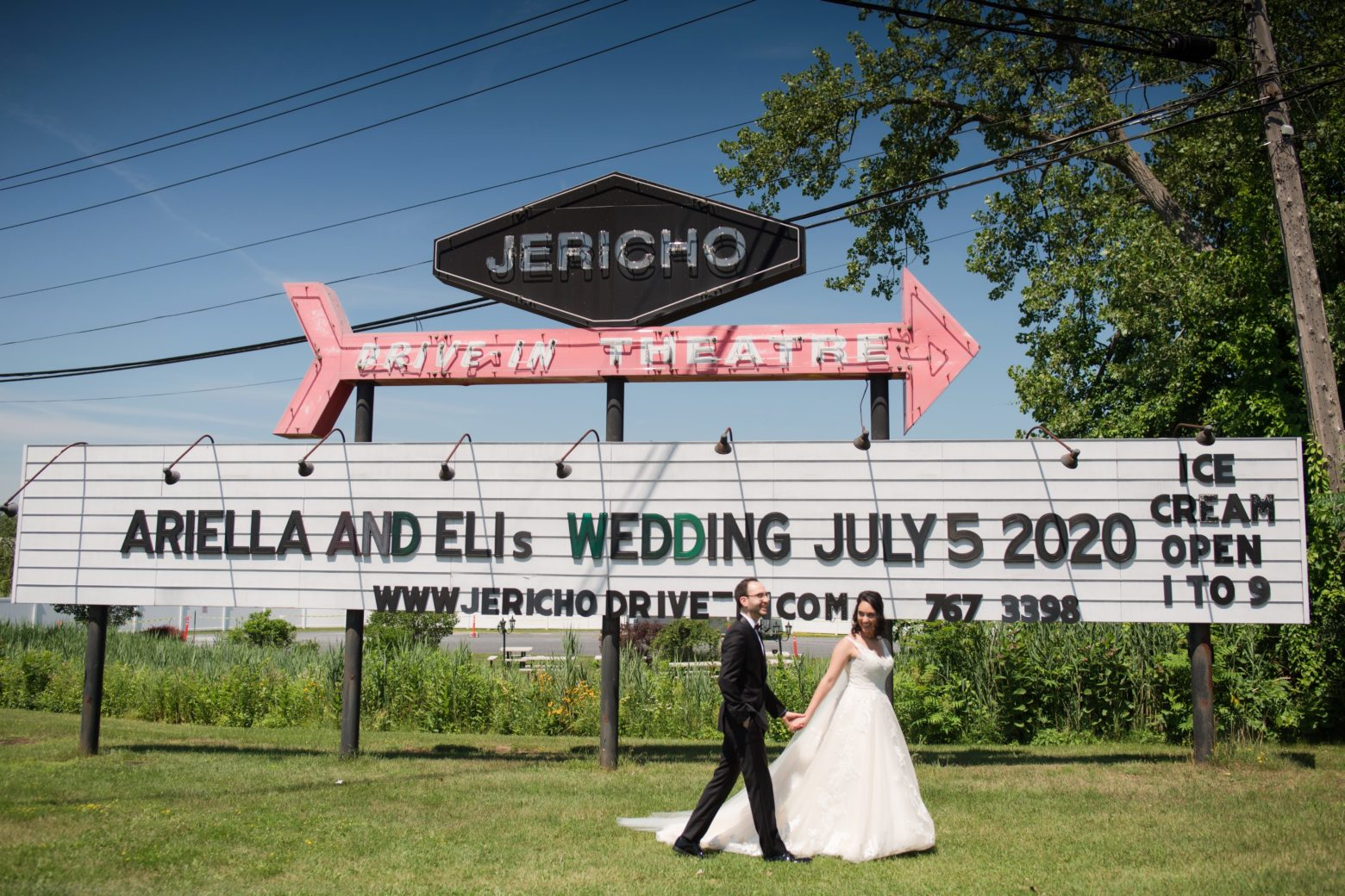 ARIELLA AND ELI'S WEDDING AT JERICHO DRIVE IN