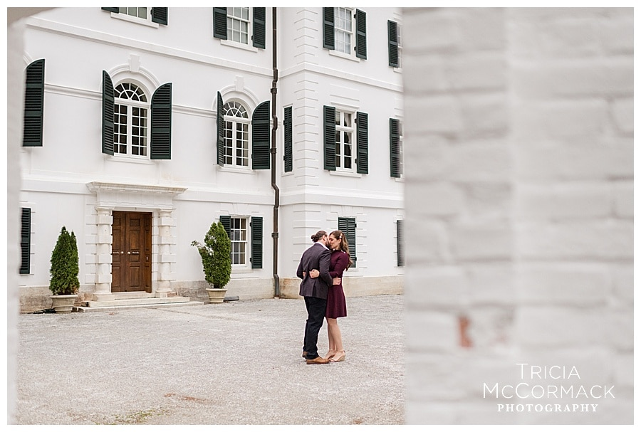 ALLISON & JARED'S ENGAGEMENT SESSION AT THE MOUNT